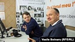 Doru Dendiu (stânga) şi Anatol Golea