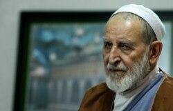 دیدگاه محمدجواد اکبرین در مورد مخالفت محمد یزدی با کنسرت و تئاتر خیابانی در قم