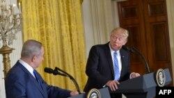 Трамп жана Нетаньяху пресс-конференцияда. Вашингтон, 15-февраль, 2017-жыл.