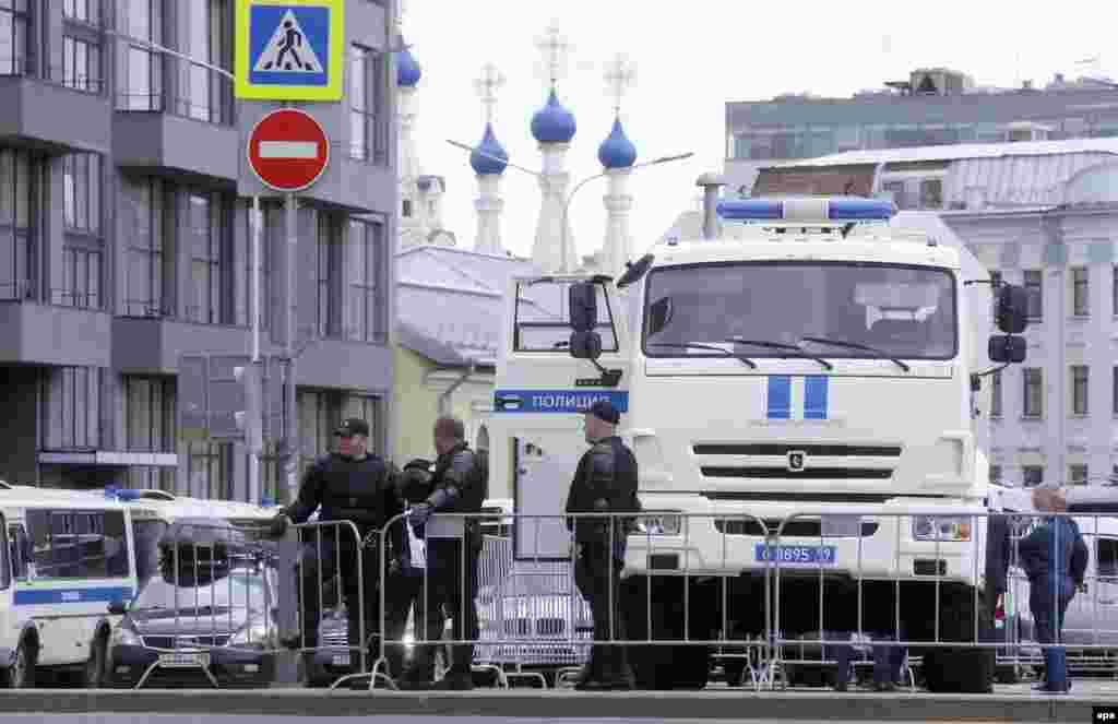 Москва. Полиция готовится к задержаниям