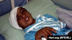 15-летняя Сахар Гюль в больнице. Кабул, 5 января 2012 года.