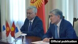 Иса Омуркулов и Алмазбек Атамбаев
