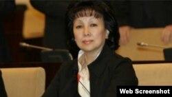 Депутат, Қазақстандағы бала құқығы омбудсмені Зағипа Балиева. Скриншот.