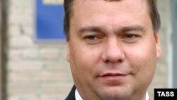 Авторитет Вадима Бровцева стал расти в глазах местного населения еще в самом начале его работы на высшем посту государства