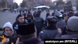 Ոստիկանները արգելեցին վրանի տեղադրումը