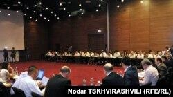 Վրաստան – Սահմանադրական բարեփոխումների հանձնաժողովի հանդիպումը, Թբիլիսի, 19-ը հուլիսի, 2010թ.