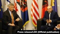 Američki ambasador u Prištini Fipip Kosnet i lider Demokratskog saveza Kosova Isa Mustafa