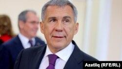 Рустам Мінніханов