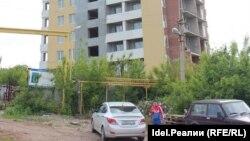 Один из недостроенных домов обманутых дольщиков в Уфе
