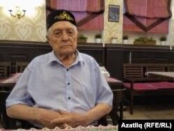 Әхмәт Галимов — тарихчы, журналист, җәмәгать эшлеклесе. Мәскәүдә яши. Татар милли-мәдәни мохтәриятенең актив әгъзасы