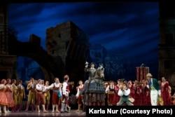 «Дон Кихот» балетінің бір сәті. Астана, 27 маусым 2014 жыл.