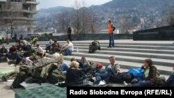 Protest pred zgradom institucija BiH, 24. mart 2012. Foto: Dženana Halimović