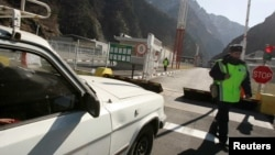 По оценкам наблюдателей, подписание соглашения не обязывает стороны к возобновлению транзита через конфликтные регионы Грузии