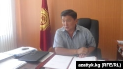 Муктар Орозбеков ОшМУда ректор болуп турган учуру, 26-август, 2010-жыл.