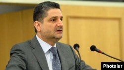 Armenian Prime Minister Tigran Sarkisian addresses parliament on November 18.