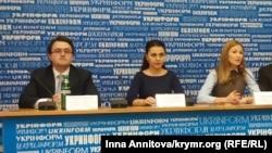 Антон Кориневич, Татьяна Печончик, Эмине Джеппар, архивное фото