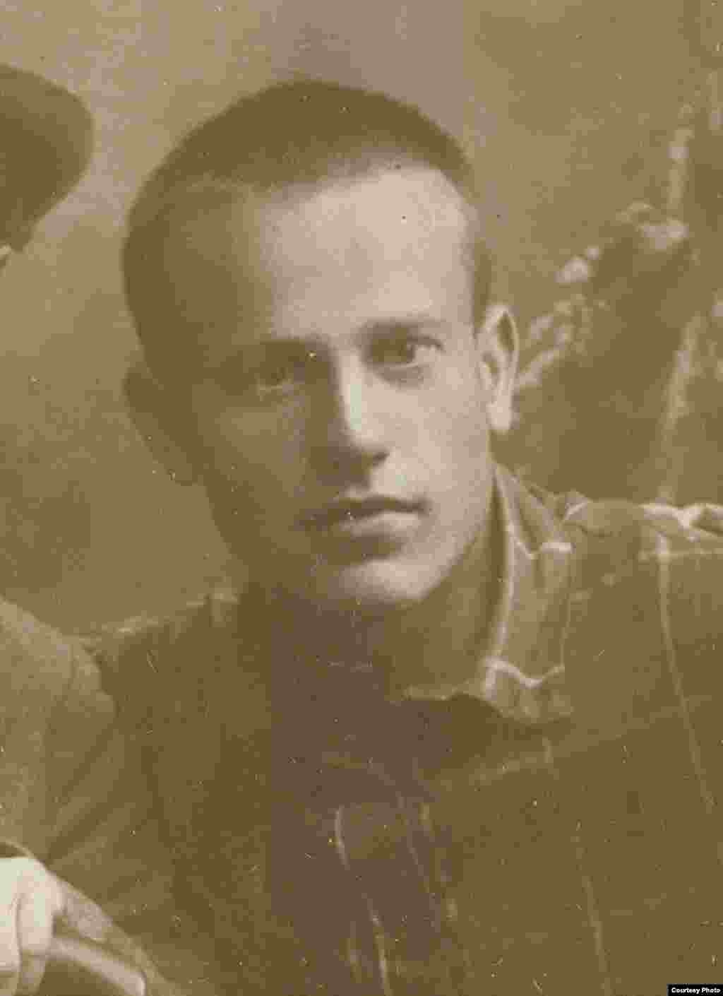 Пятрусь Броўка. 1927 г. З фондаў БДАМЛМ