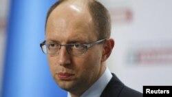 Арсений Яценюк - один из лидеров оппозиции