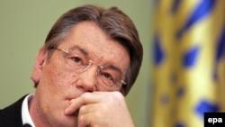 «Оранжевая революция» заблудилась в инерции будней. Виктор Ющенко, президент без правительства