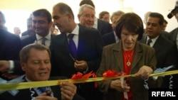 Даниэль Миттеран на церемонии открытия первой французской школы в иракском Курдистане