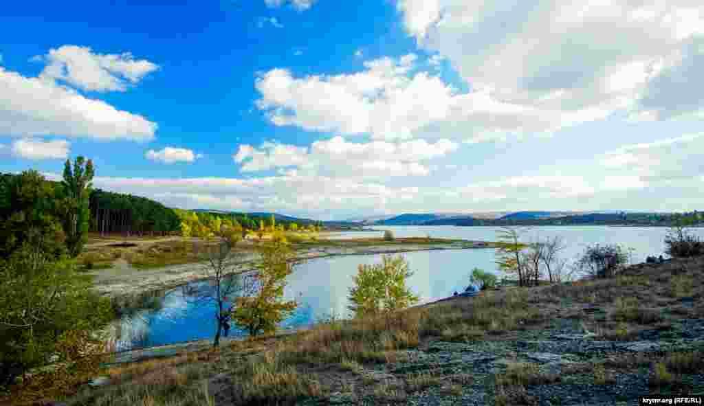 Осень на Симферопольском водохранилище, 9 октября 2016 года