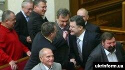 Ілюстративне фото: призначення Петра Порошенка міністром закордонних справ, 2009 рік