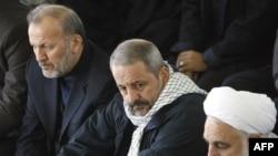 فرمانده پلیس ایران (وسط) در کنار منوچهر متکی(چپ) وزیر خارجه و محسنی اژهای وزیر پیشین اطلاعات