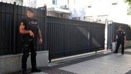 Policijsko obezbjeđenje pred početak suđenja za državni udar, arhivska fotografija