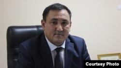 Валихан Разов, глава областного департамента антимонопольного комитета, во время общественных слушаний. Уральск, 13 августа 2015 года.