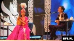 Сара Тоқтамысова мен Жандарбек Бұлғақов. Астана. 9 желтоқсан 2012 жыл.