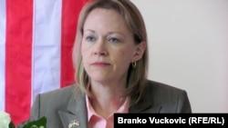 Ambasadorja amerikane në Serbi, Meri Uorlik
