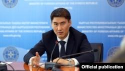 Қирғизистон ташқи ишлар вазири Чингиз Айдарбеков.