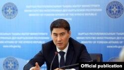 Чингиз Айдарбеков, вазири умури хориҷии Қирғизистон.