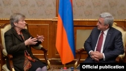 Armenia - President Serzh Sarkisian meets with NATO's Deputy Secretary General Rose Gottemoeller in Yerevan, 18Dec2017.