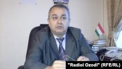 Тәжікстан әділет министрінің орынбасары Абдуманон Холиков.