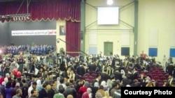 طلاب عراقيون في جامعة البتراء