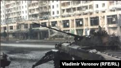 Сожженный BMP-2 в Грозном