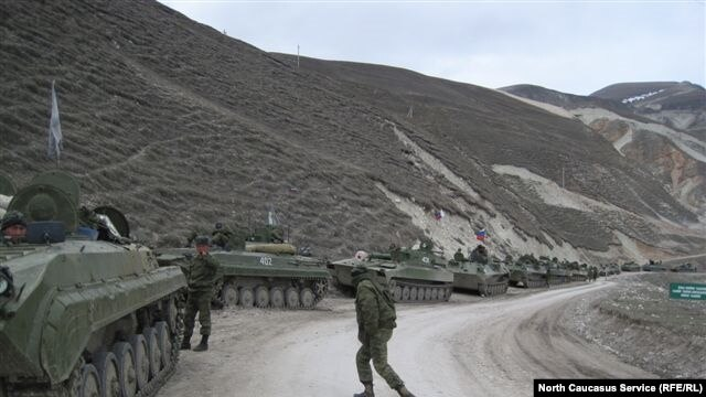 There have been reports that an armored column of Russian troops, which was several kilometers long, moved from Chechnya to Daghestan on March 17.