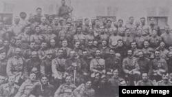 Militari basarabeni și români în primăvara anului 1918 (Vol. I. Țurcanu, M. Papuc, Basarabia în actul Marii Uniri de la 1918/ Foto: Radu Osadcenco, Chișinău 1918)