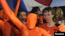 Поклонники сборной Нидерландов на чемпионате мира 2010 года