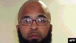 سیاټل: په امریکا کې نیول شوی ابو خالد عبداللطیف. د امریکا د انصاف او عدالت وزارت وايي، ده غوښتل د واشنګټن ایالت په سیاټل کې پر یوې پوځي اډې له خپل ملګري ولي مجاهد سره برید وکړي.