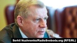 Як повідомив голова НБУ Яків Смолій, надходження траншів очікують у травні й у вересні