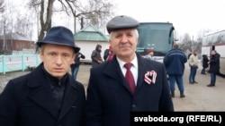 Рыгор Кастусёў (справа) і старшыня Партыі БНФ Аляксей Янукевіч, архіўнае фота