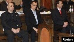 Обвиняемые в убийстве Умара Исраилова на судебном процессе в Вене