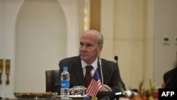 په کابل کې د امریکا سفیر مایکل مککینلي
