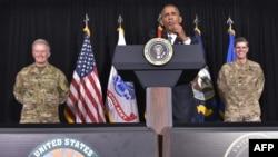 Президент США Барак Обама выступает на базе ВВС MacDill во Флориде 6 декабря 2016 года