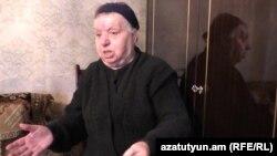 Թող պետությունը ետ տա իր պարտքը, ես էլ վճարեմ իմ պարտքը, ասում է 76-ամյա Ռոզա Կարապետյանը