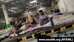 Рабочие завода «UZ DONG YANG CO»