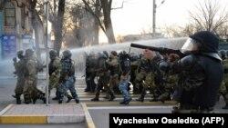 Разгон митинга в Бишкеке. 2 марта 2020 года.