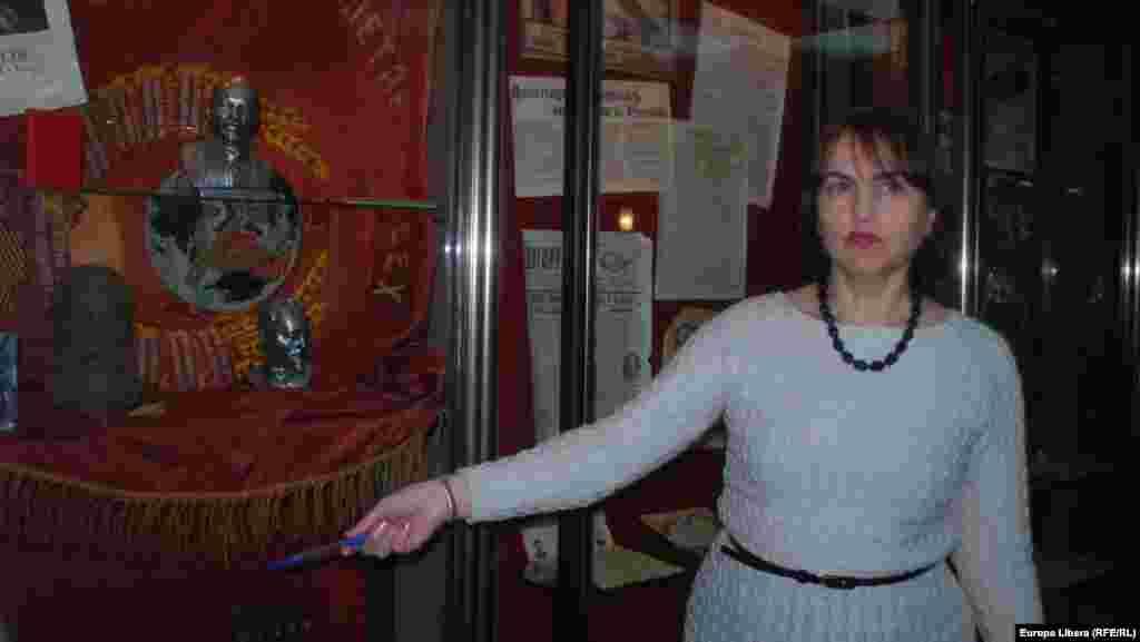 Elena Postică, directoarea adjunctă a Muzeului de Arheologie și Istorie de la Chișinău.